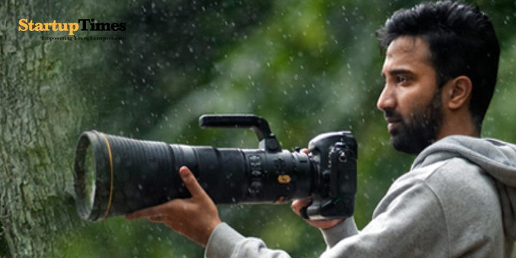 """Meet the wildlife photographer known for capturing the """"Eternal Couple"""""""
